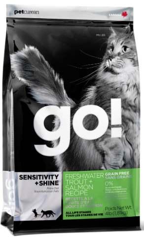 Для взрослых кошек с чувствительным пищеварением с форелью и лососем