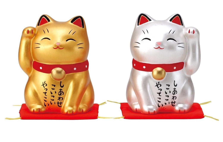 Китайские коты машущие лапкой
