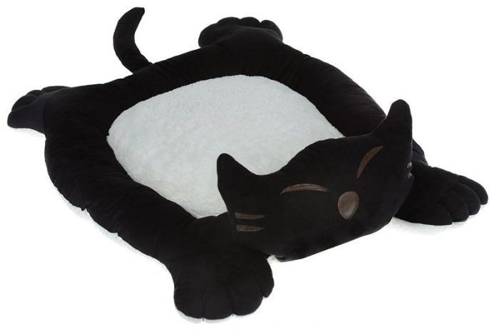 Лежанка в виде кота