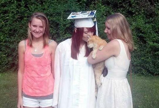 Выпускной с котиком