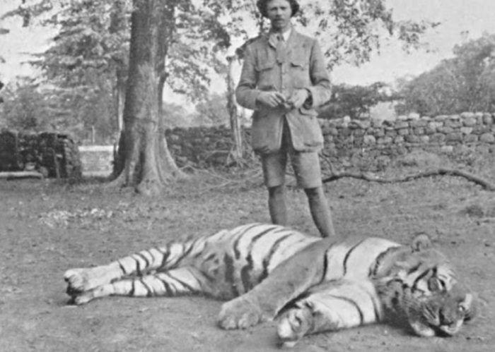 Корбетт с тигрицей